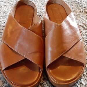 Cole Haan tan women's sandals sz 7.5 B